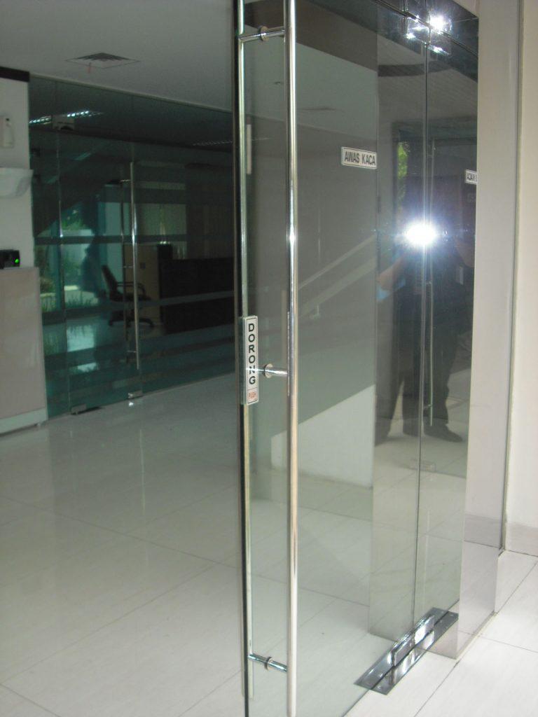 Pintu Kaca frameless
