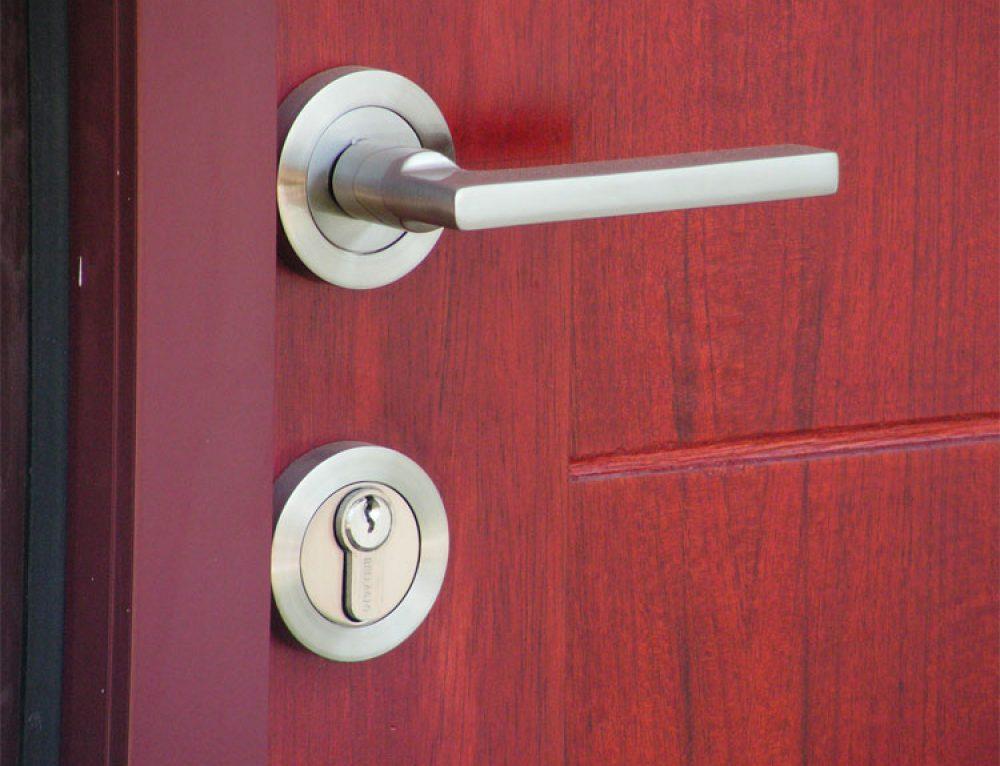 Pintu Panel Solid, Tripleks, Pintu Teakwood Sebagai Alternatif