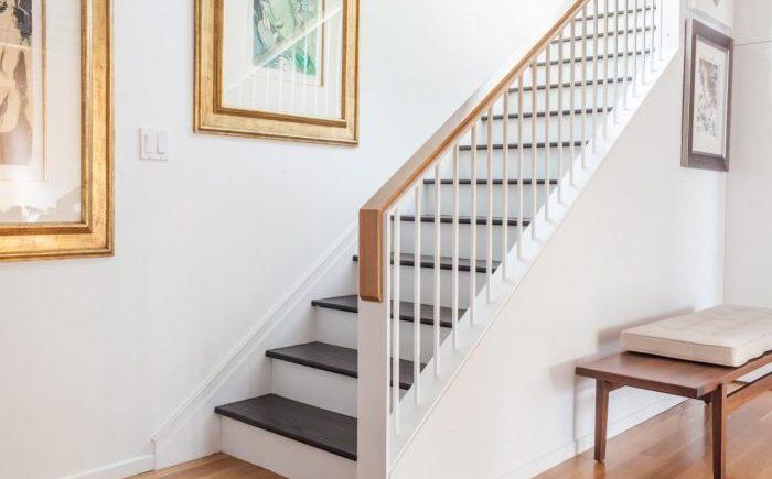 Harga Handrail Tangga Kayu