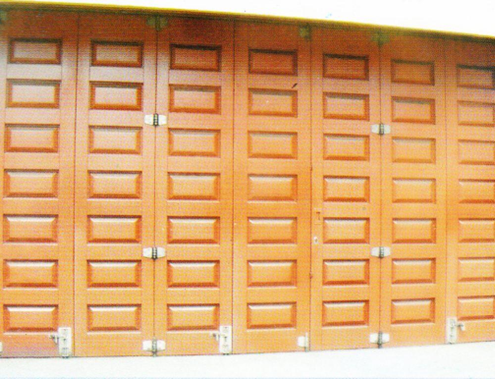 Mengapa Memilih Pintu Garasi Kayu?
