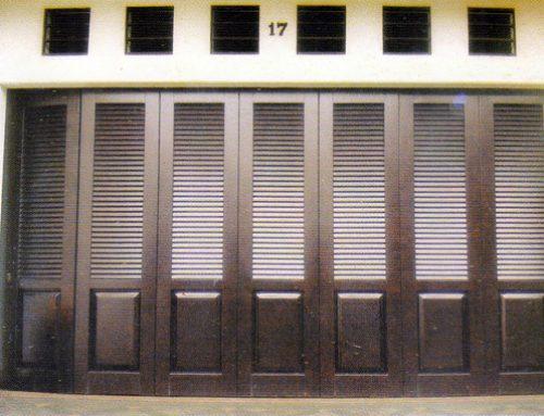 5 Tip Untuk Perawatan Pintu Garasi Kayu
