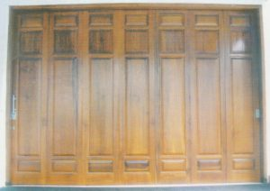 contoh pintu garasi kp332